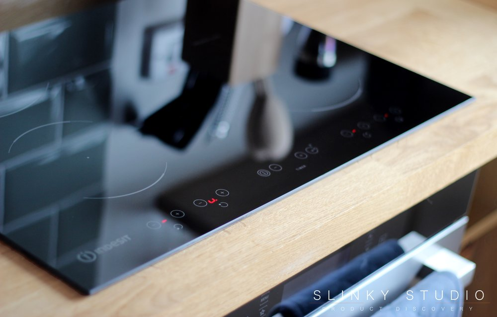 Indesit Aria VID 641 B C Induction Hob Touch Control Panel.jpg