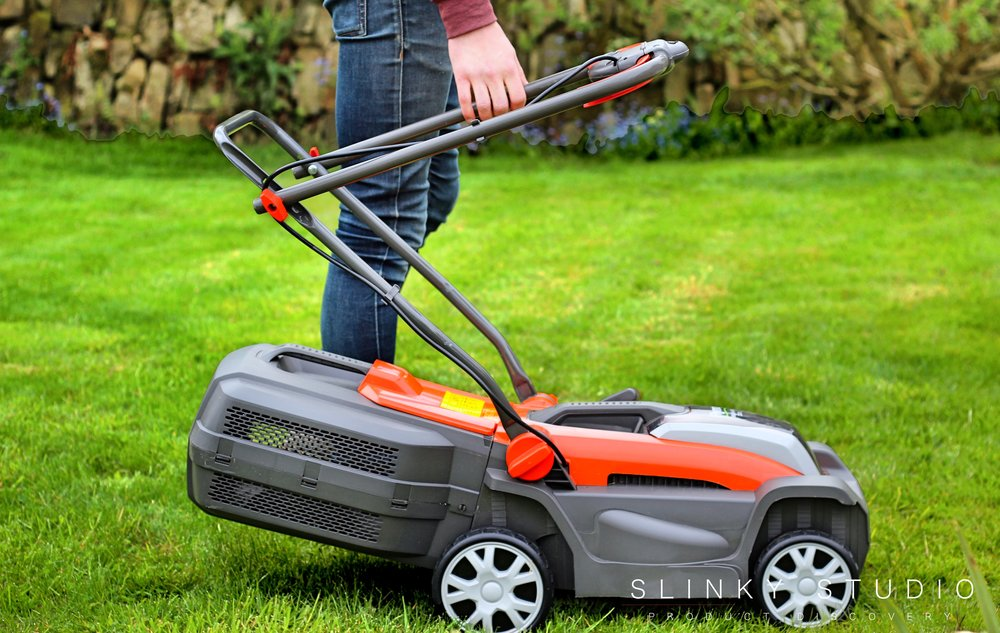 Flymo Mighti-Mo Cordless Lawnmower Handle Folding.jpg