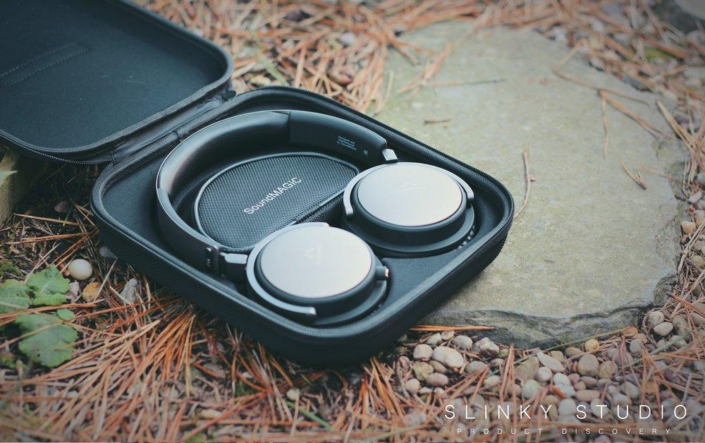 SoundMAGIC Vento P55 Headphones Case.jpg