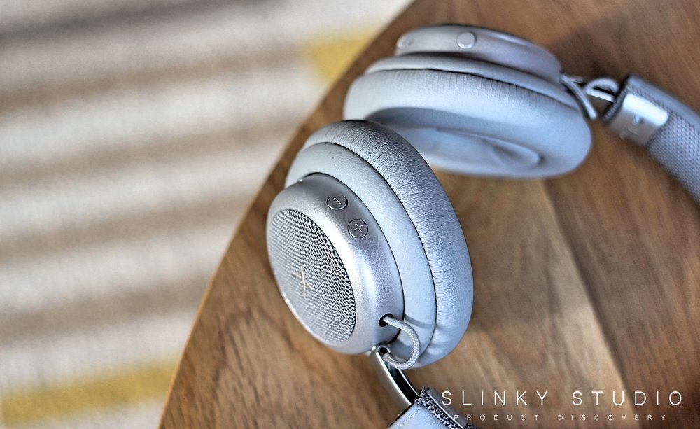 SACKit TOUCHit Headphones Silver Controls.jpg