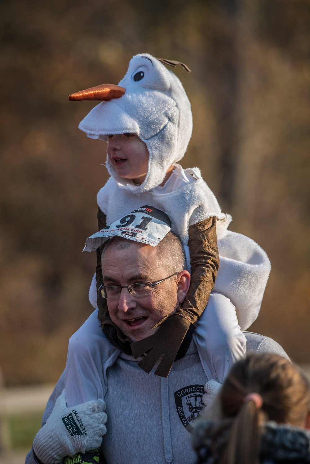 DTT 17 child snowman on dads shoulders.jpg