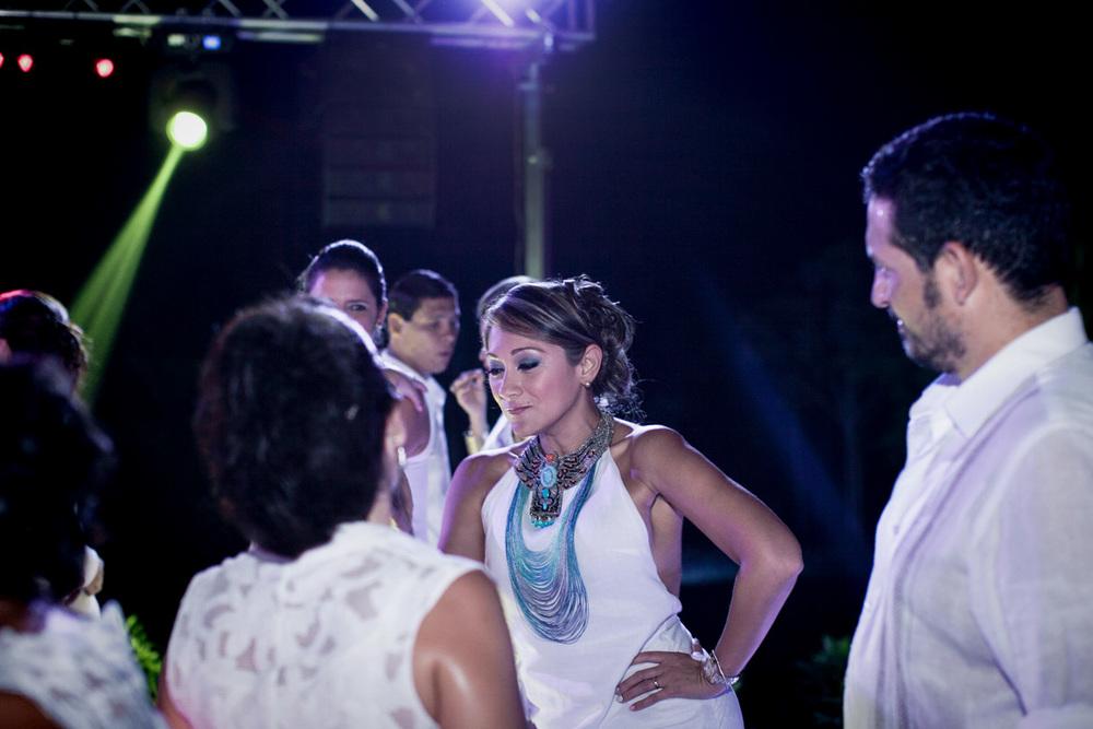 086MaryRicky-fotografia-photography-matrimonios-wedding-photojournalism-reportaje-colombia-bogota-sincelejo-valledupar-parejas-amor-eventos-familia.jpg