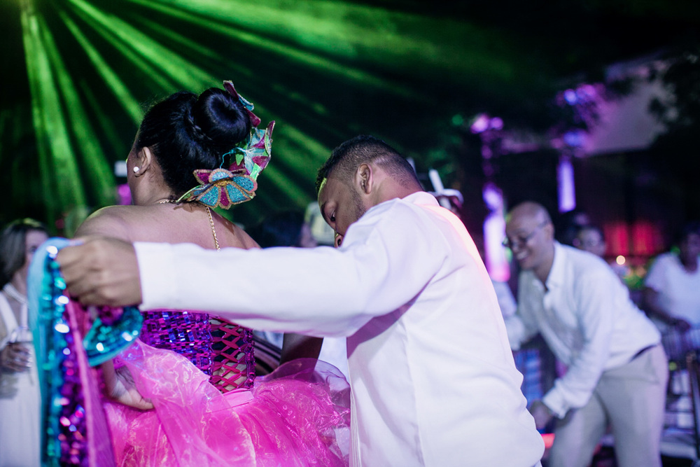 103MaryRicky-fotografia-photography-matrimonios-wedding-photojournalism-reportaje-colombia-bogota-sincelejo-valledupar-parejas-amor-eventos-familia.jpg