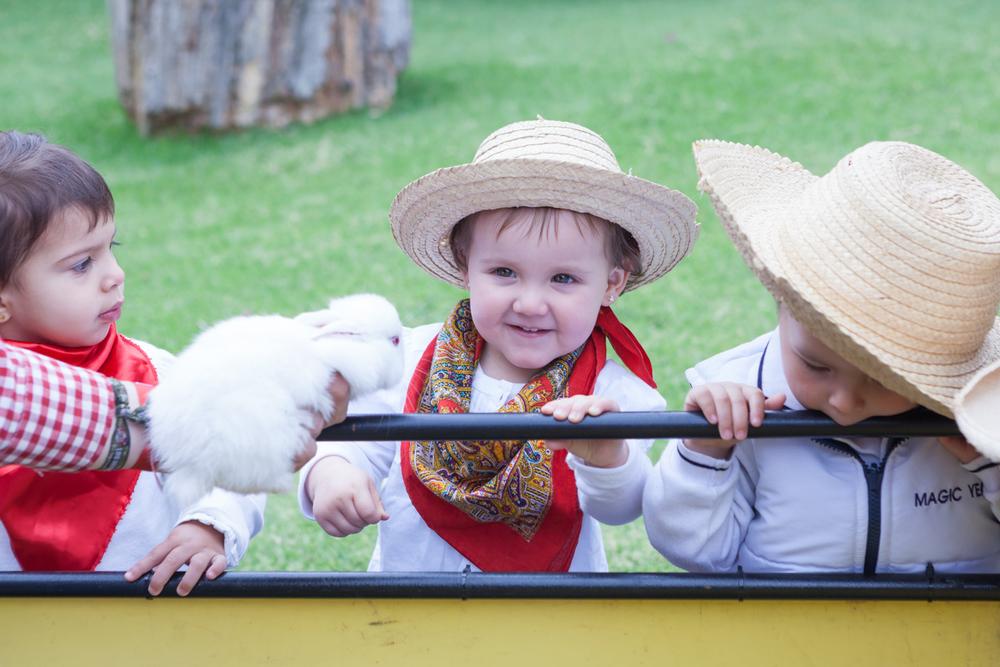 013_jardines_infantiles_bogota_colombia_niños_fotografia_anuarios_halloween_navidad_granja_kids_yearbook_vida_alegre.jpg
