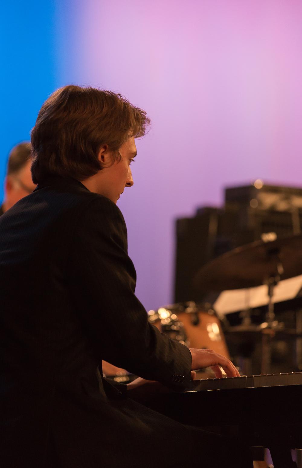 Will Kjeer, piano