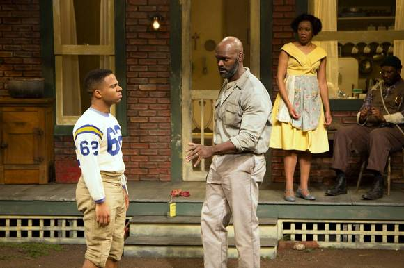 hc-review-fences-pic1-20131204.jpg