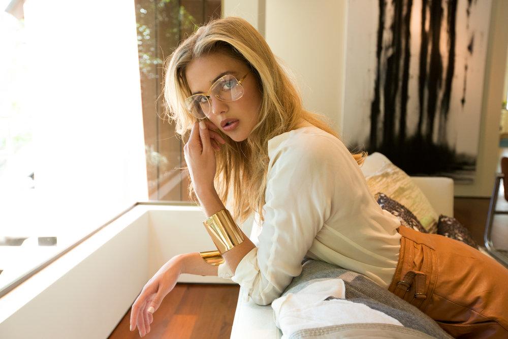 Laura_BrieC_glasses7167.jpg