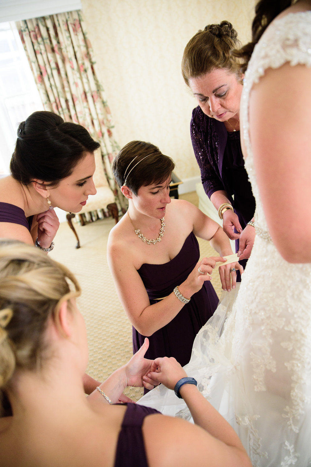 Bride getting ready at The Fairfax at Embassy Row DC - Bridesmaids