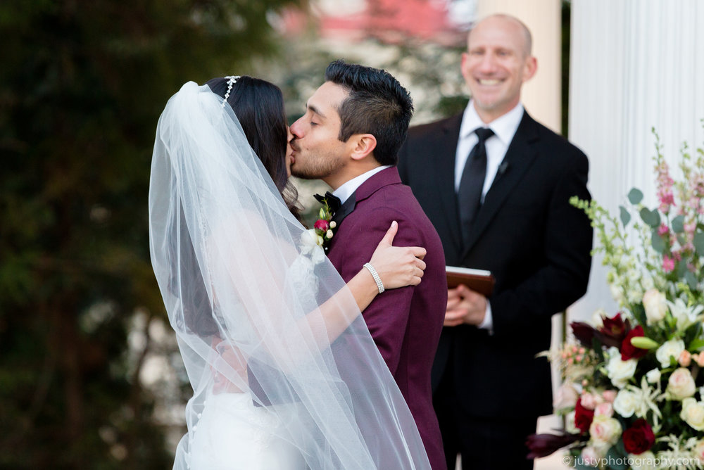 Ceresville Mansion Wedding Photos - The Kiss.jpg