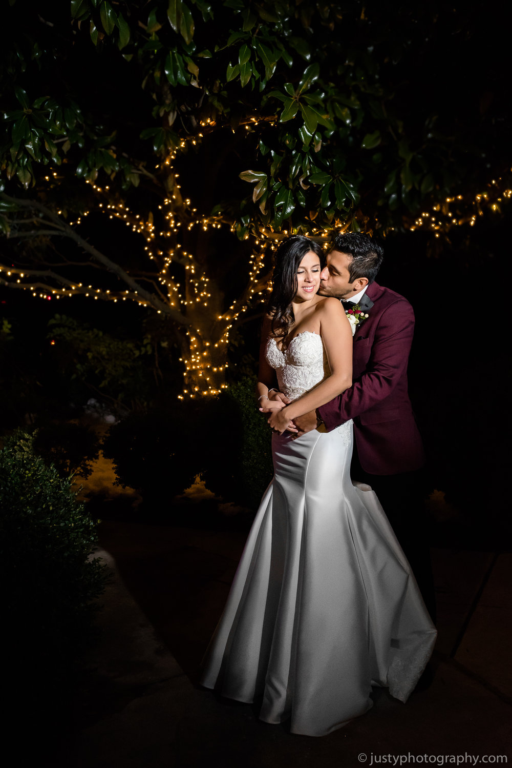 Ceresville Mansion Wedding Photos- Bride and Groom Night Portrait.jpg