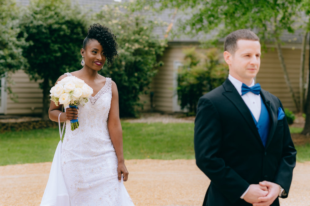 Bride and Groom's Frist Look Photos | Virginia Wedding