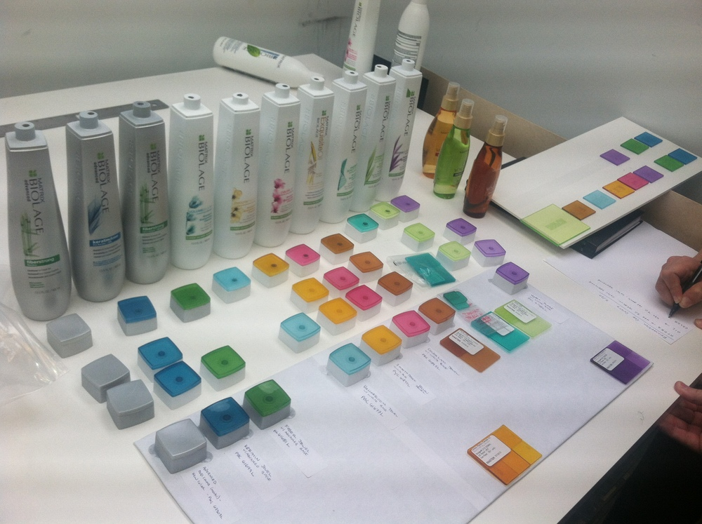 Color-matching caps and bottles for the full range of shampoos and conditioners