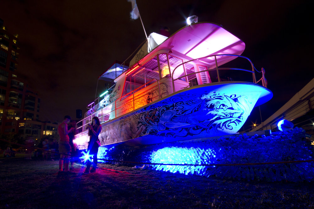 boatdark2.JPG