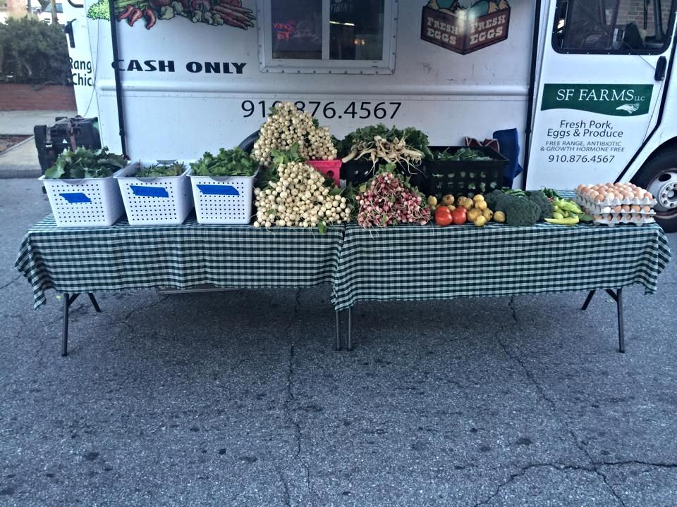 Website farmers market photo 1.jpg