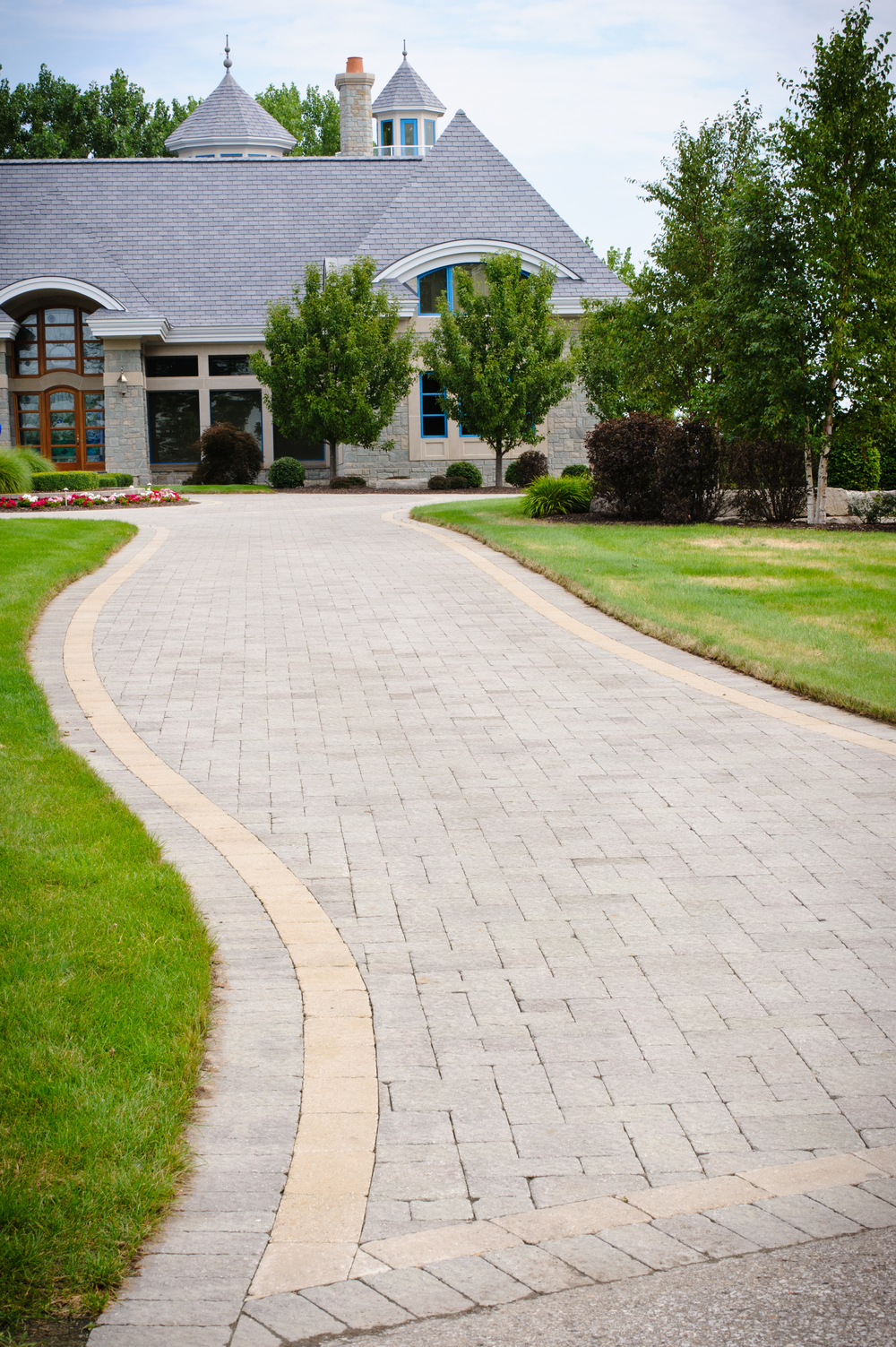 Brick Paver Driveway with Border