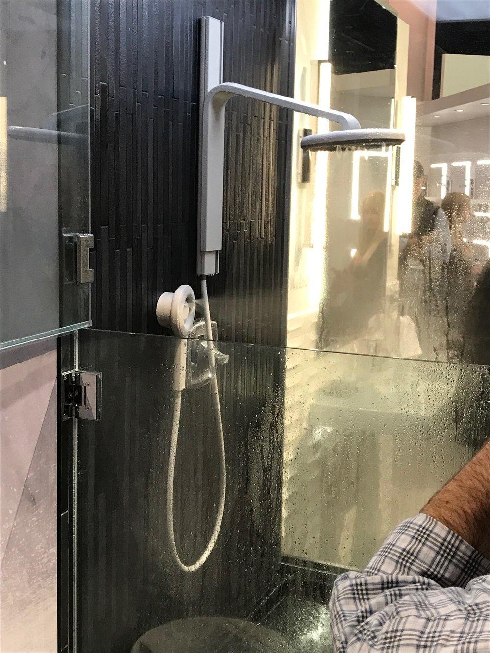 2019-02 Moen New Shower - Avail Q4 2019 (3).jpg