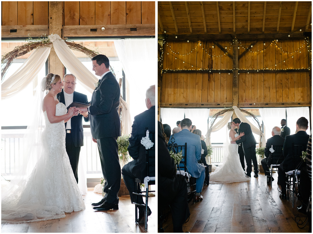 white barn pennsylvania wedding ceremony.jpg