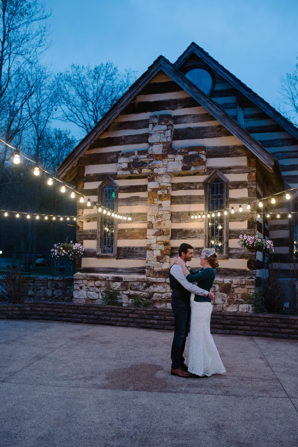 Oak Lodge Chapel Wedding Mariah Fisher Photography.jpg