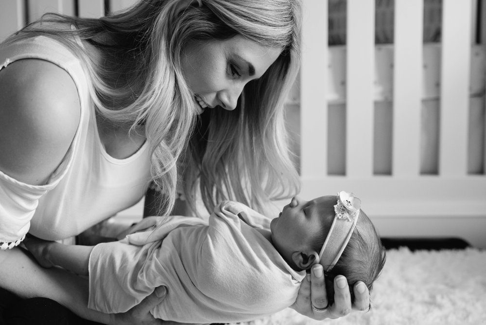 Pittsburgh Photographer Newborn Photographer Mariah Fisher.jpg