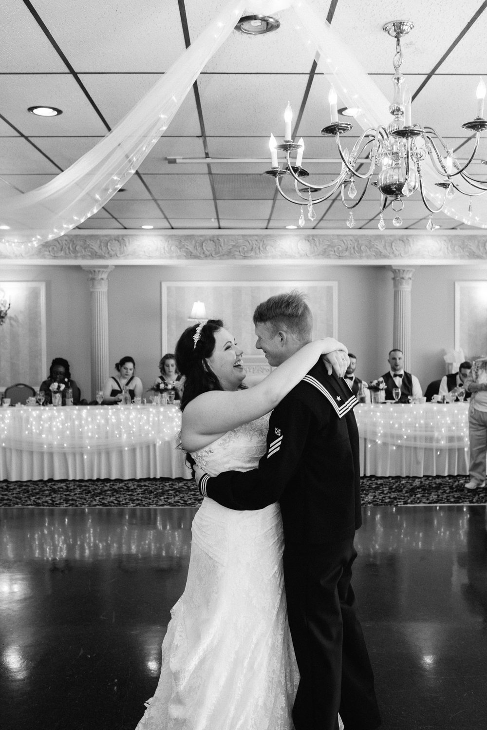 first dance mariah fisher photography.jpg