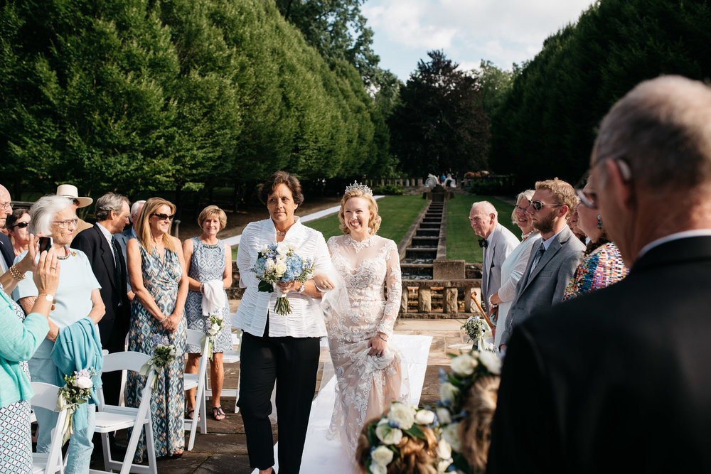ligonier wedding photographer mariah fisher.jpg