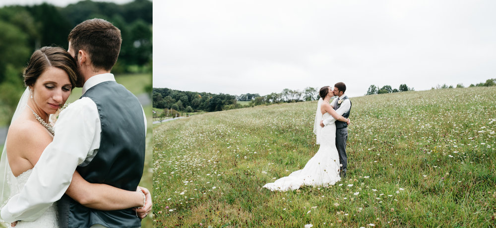 Mariah Fisher photography pittsburgh and ligonier wedding photographer +the Hayloft.jpg
