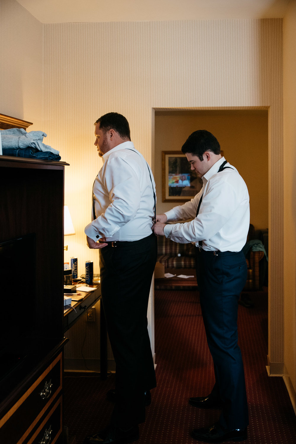 Groom+getting+ready Mariah Fisher wedding photographer.jpg