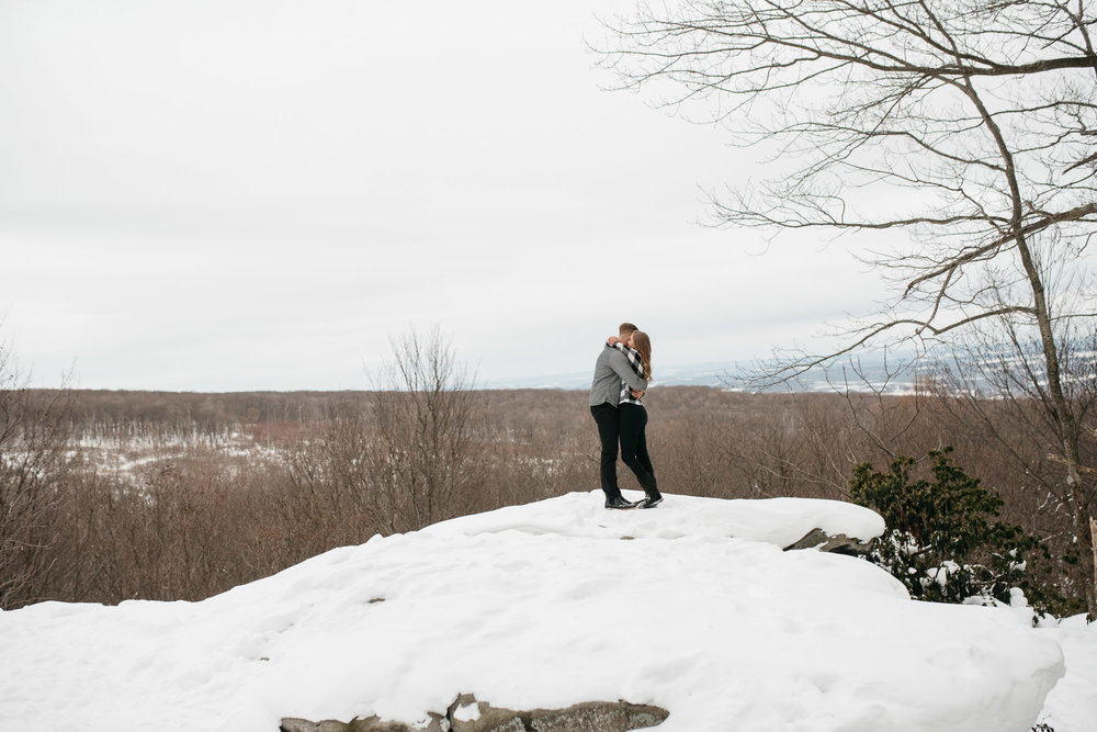 Ligonier-Linn-Run-Engagement-Session-Pittsburgh-Photographer-Mariah-Fisher-2.jpg