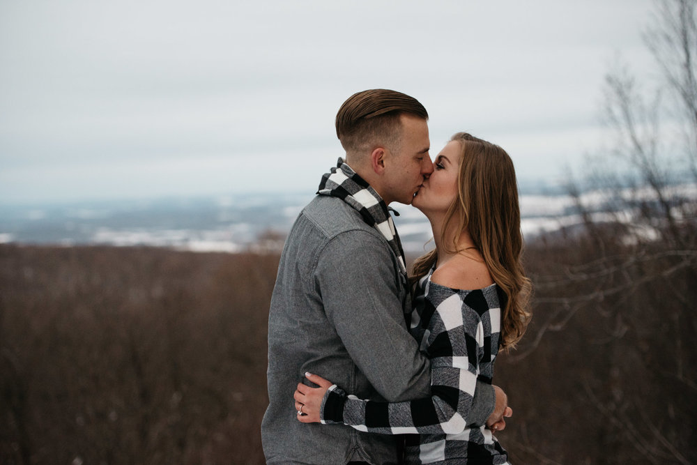 Ligonier-Linn-Run-Engagement-Session-Pittsburgh-Photographer-Mariah-Fisher-5.jpg