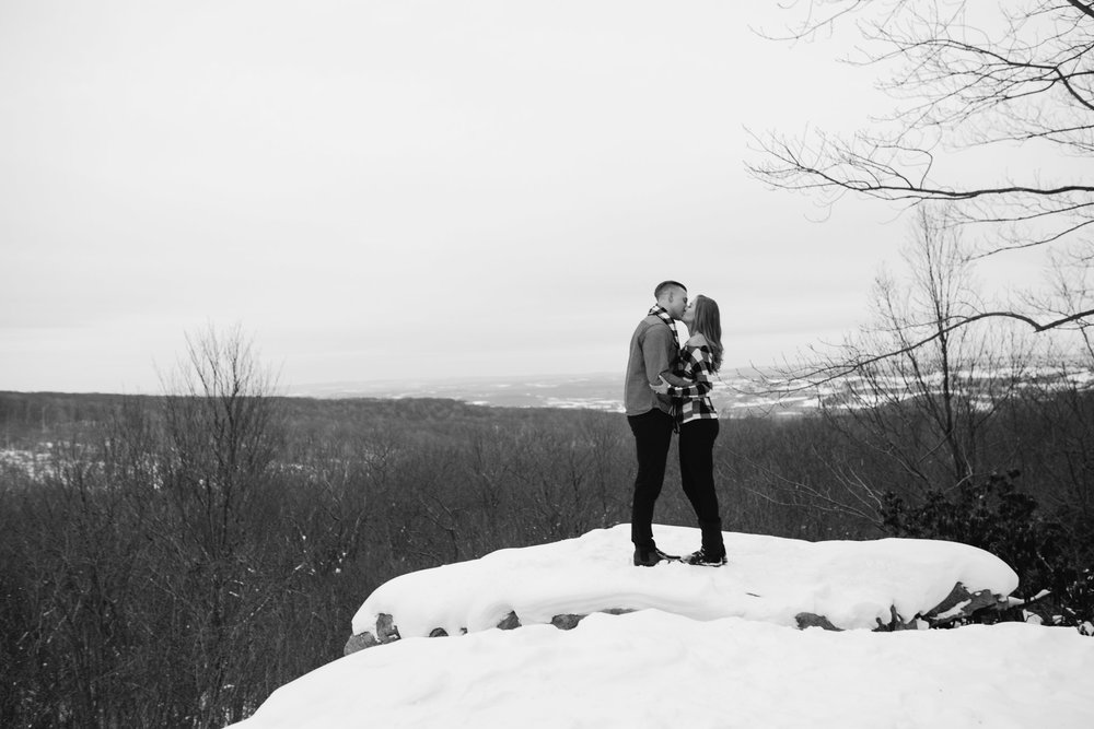 Beams Rock Laurel Highlands PA engagement photos