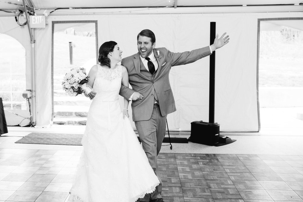 Rust Manor VA Wedding Photograrphy Mariah Fisher Photography-55.jpg
