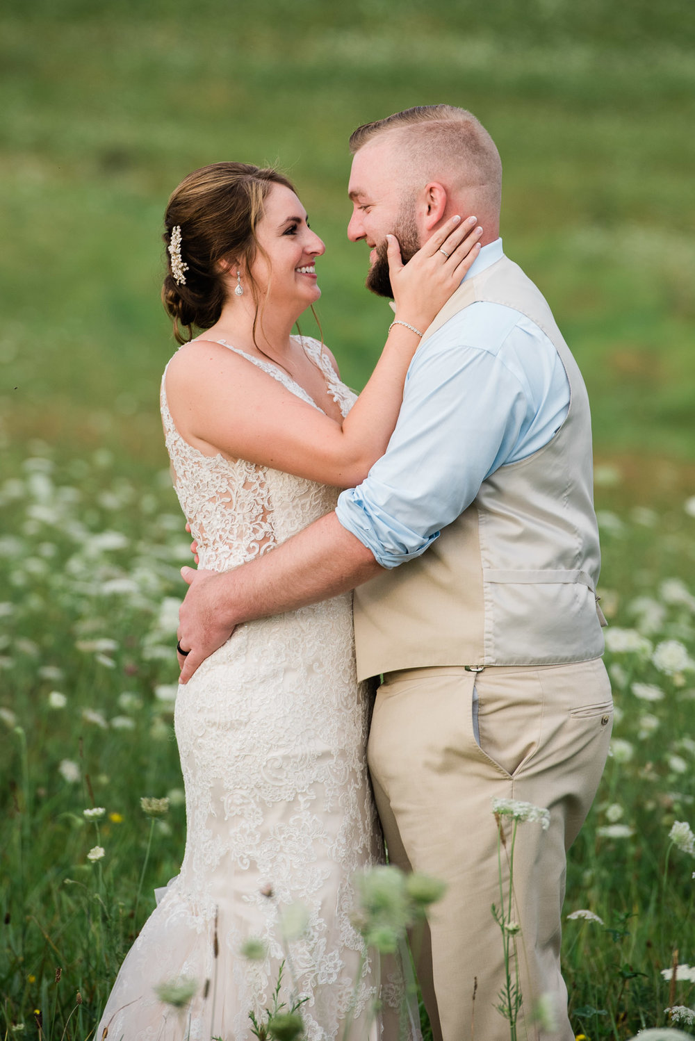 Pittsburgh Wedding Photographer, Hayloft of PA Mariah Fisher-4970.jpg