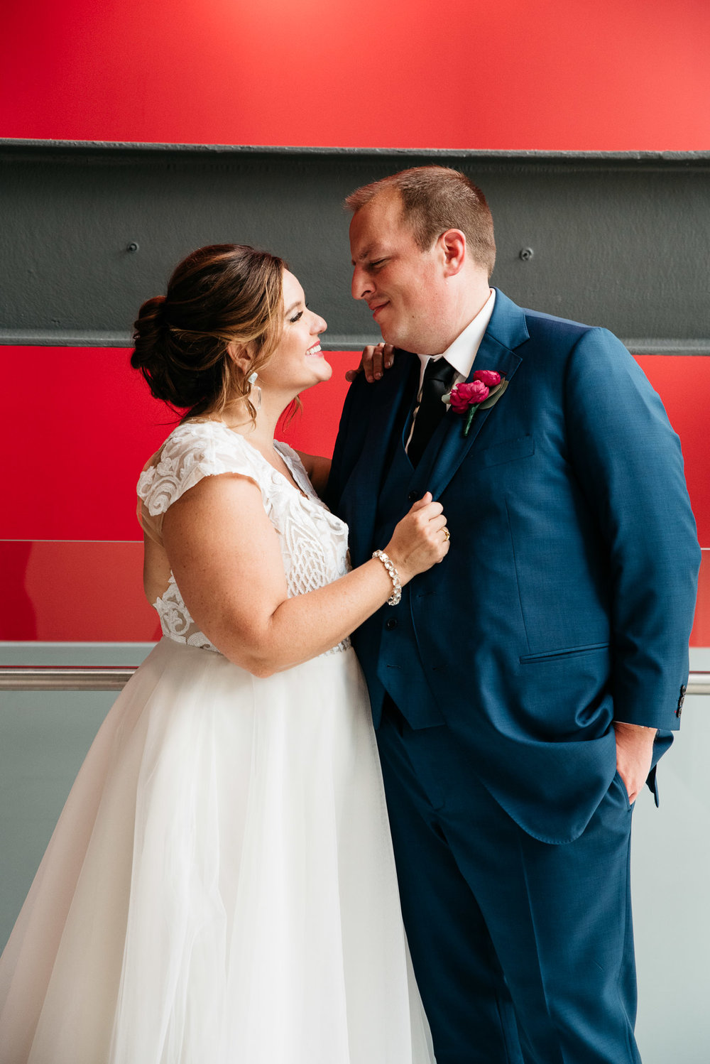 Carnegie Science Center Wedding, Pointview Hall, Pittsburgh wedding Mariah Fisher-1318.jpg