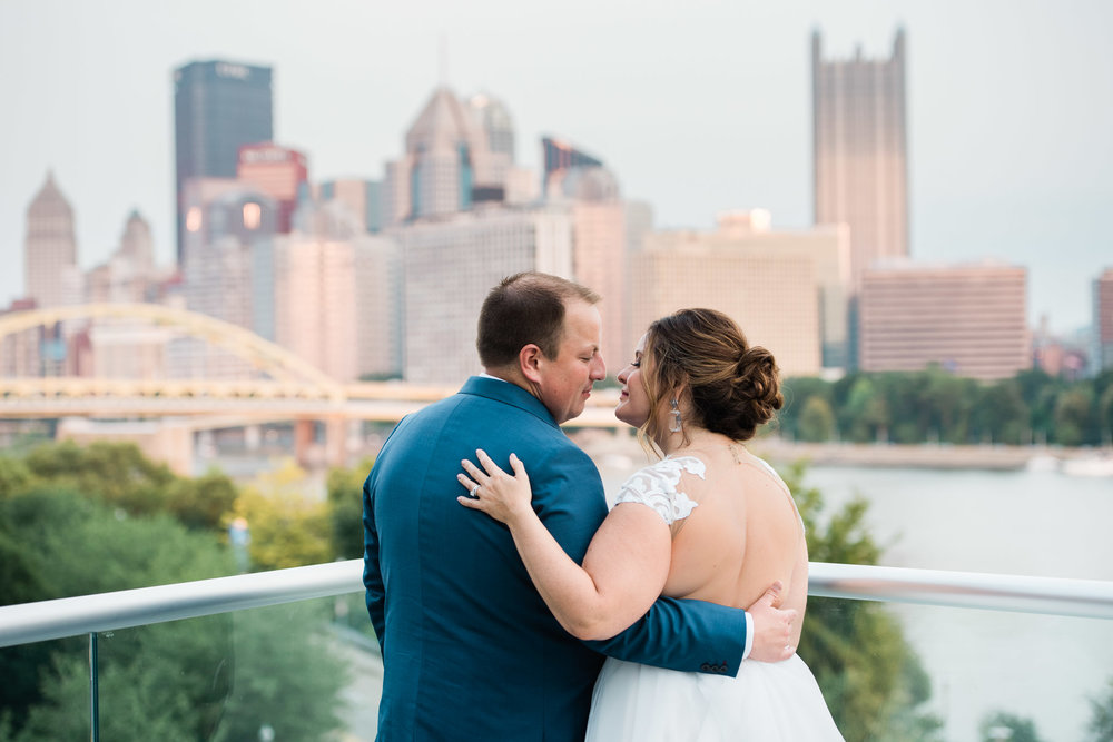 Pittsburgh Wedding Photographer, Carnegie Science Center, Pointview Hall, Mariah Fisher-6486.jpg