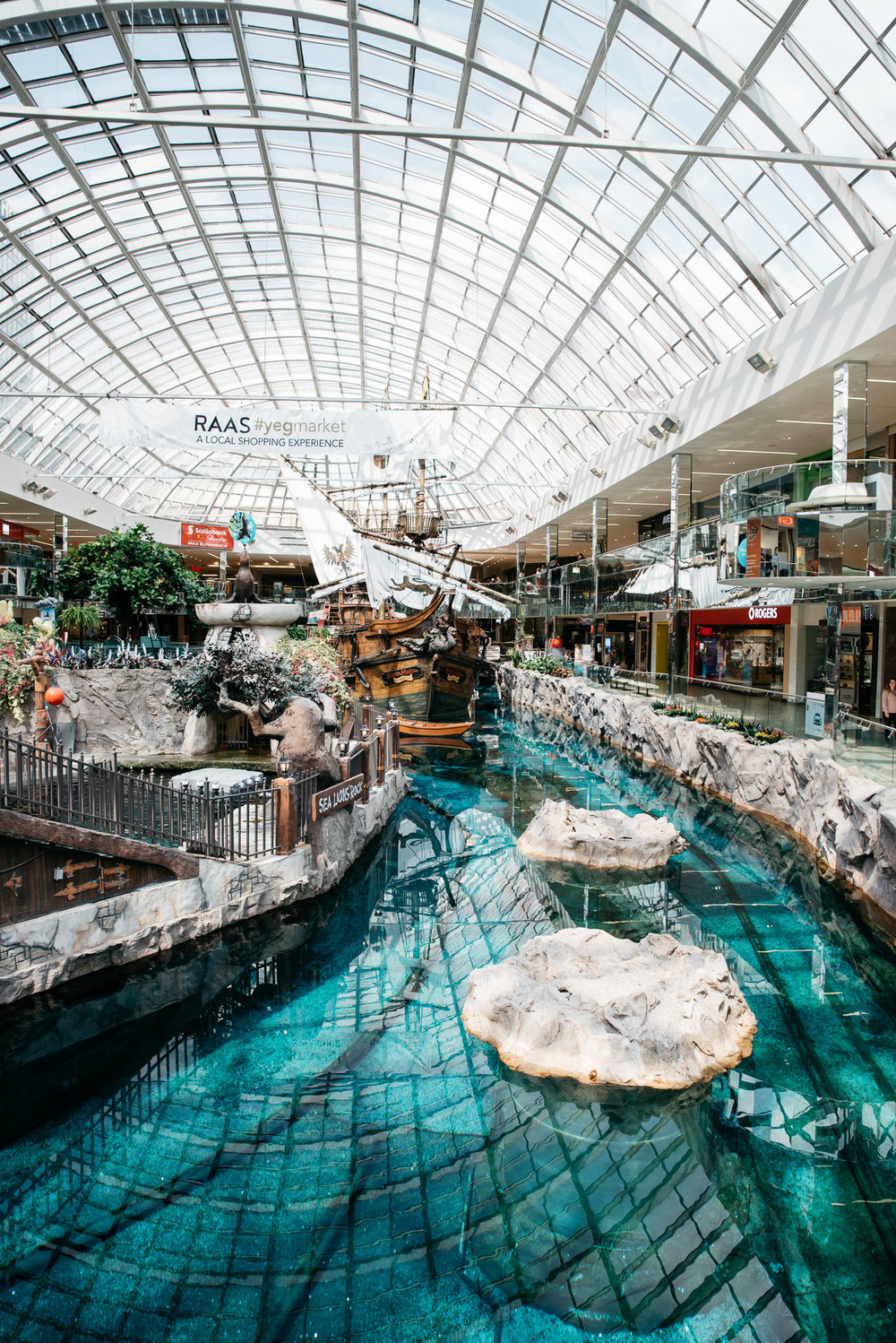 West Edmonton Mall, Edmonton, Alberta Canada, Mariah Fisher Photography-2886.jpg