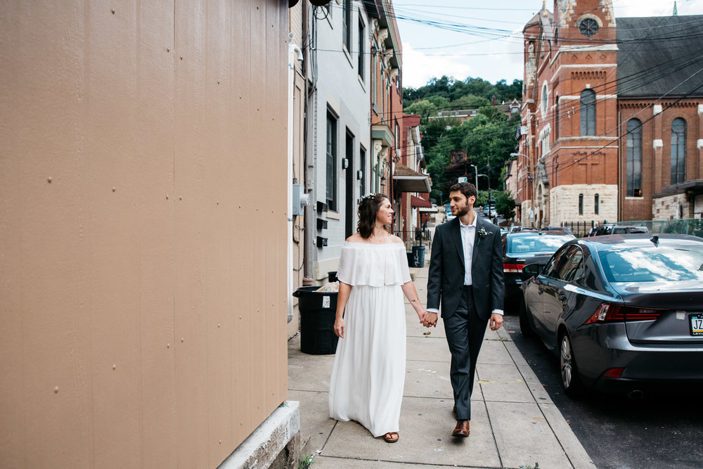 Morning Glory Inn, Pittsburgh Wedding photography, Pittsburgh wedding photographer, Mariah Fisher-8767.jpg