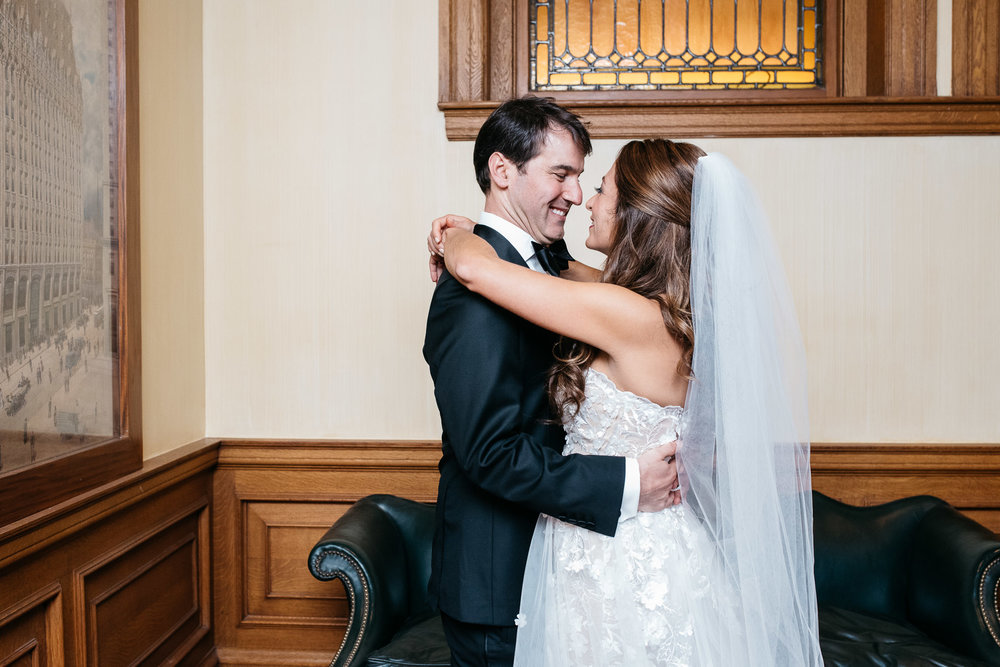 Duquesne Club Wedding, Pittsburgh wedding photographer Mariah Fisher-15.jpg
