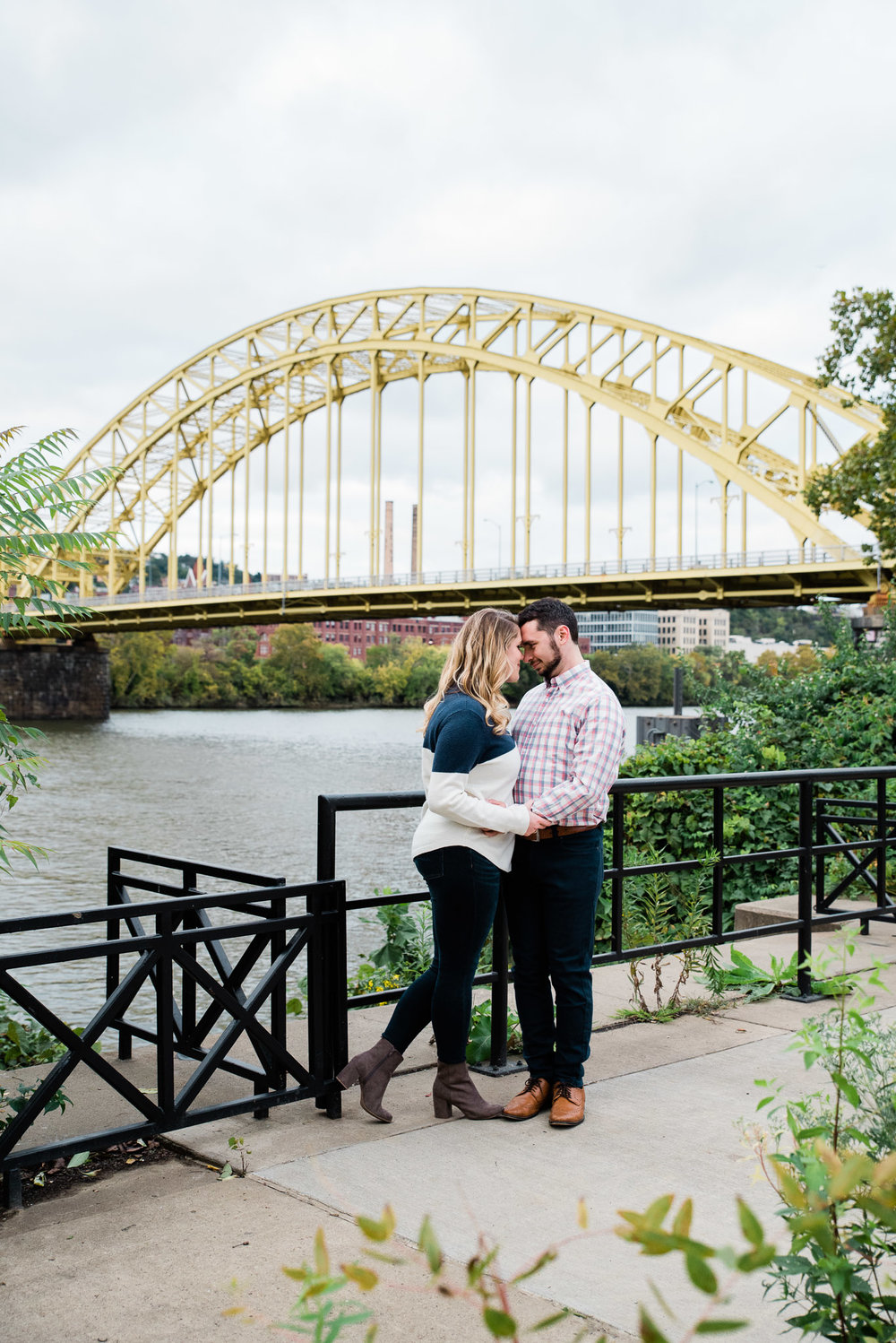 Strip District engagement session, Pittsburgh PA photographer Mariah Fisher-5956.jpg