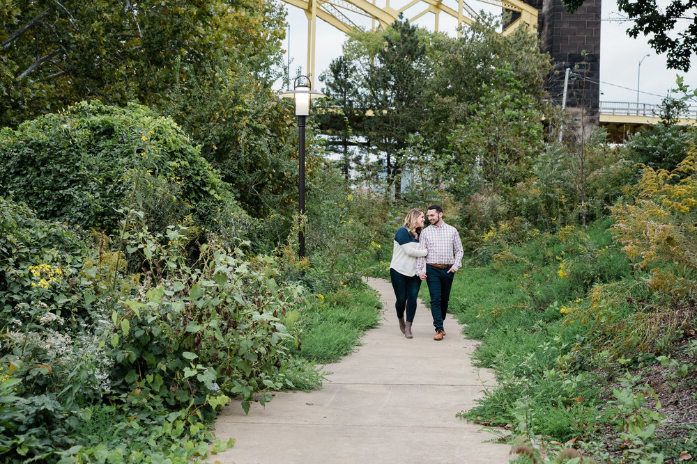 Strip District engagement session, Pittsburgh PA photographer Mariah Fisher-5963.jpg