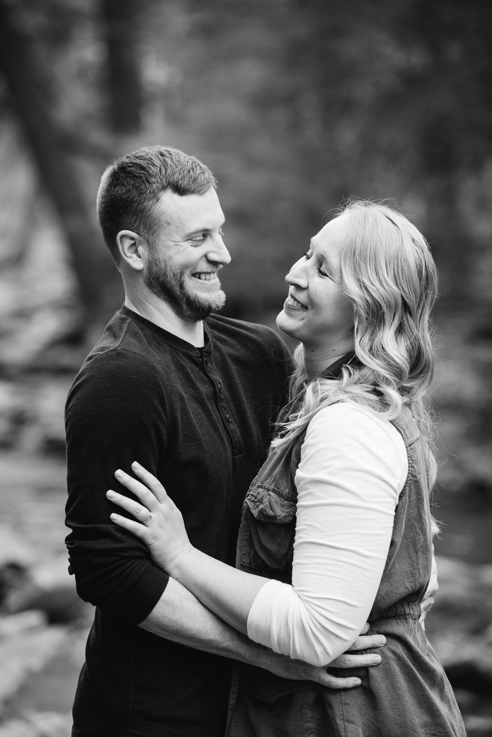 Pittsburgh PA Wedding Photographer, Linn Run engagement Session, Ligonier PA Mariah Fisher Photography (3 of 3).jpg