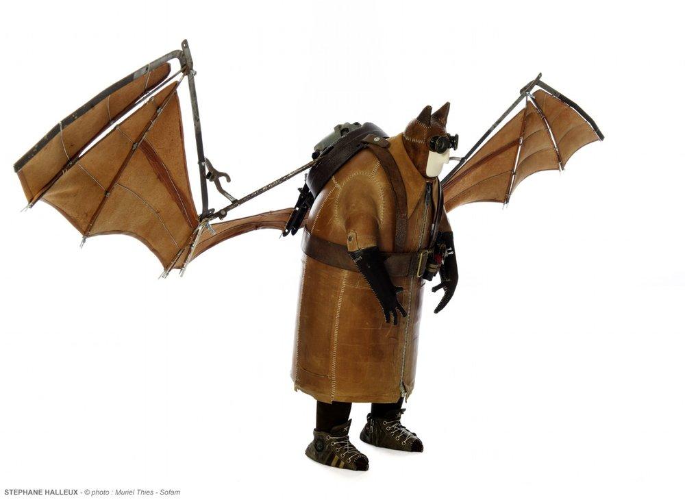 batman-1930-stephane-halleux-sculptures.jpg