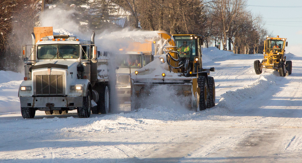 Work crews removing snow from 3rd Avenue West – Tuesday, January 19th.