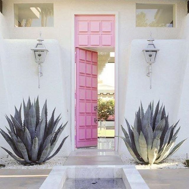 Ready for a weekend getaway!  #pinkdoor #hautegirls #weekendgetaway