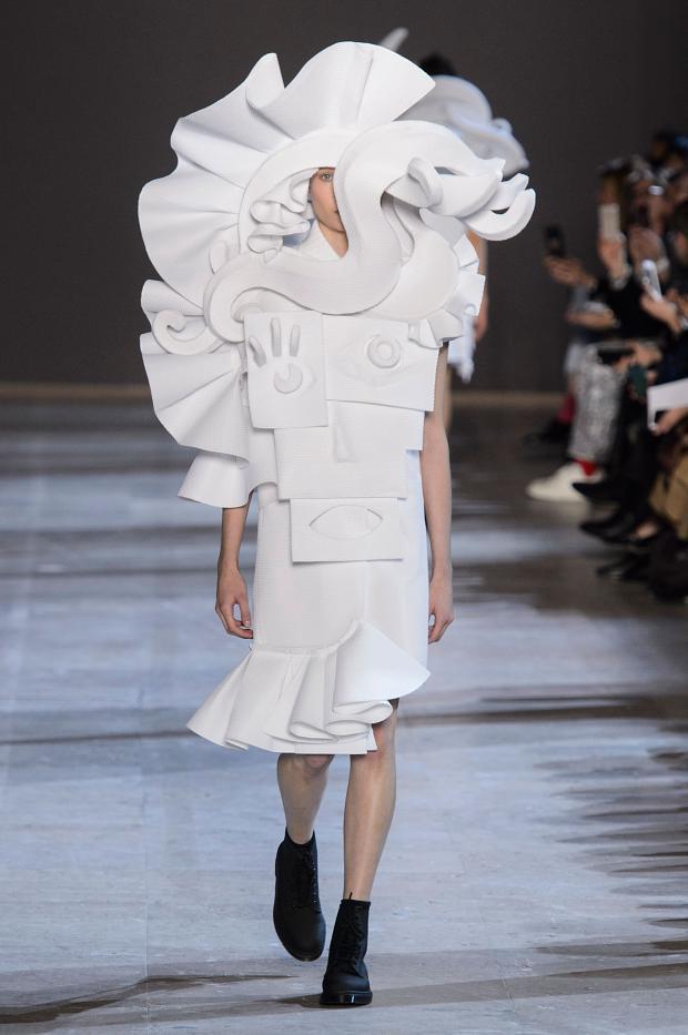 viktorrolf-haute-couture-spring-2016-pfw16.jpg