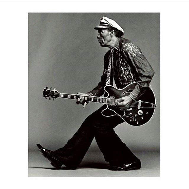 Rocking and rolling my blues away with the amazing Chuckfest on the radio. So much goodness -the Manics cover just about exploded my heart and reminded my of my wayward youth 😅. May you rock forever in peace and your iconic legacy continue until the end of time.. 😎💓💓💓 #chuckberry #rocknroll #music #icon #rip #boddhisattva #blues