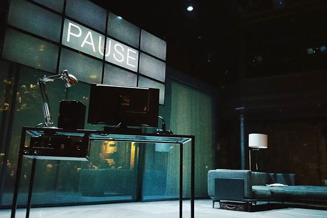 Taking a much needed #pause away from the mat for a day to come back to #inspiration and #creativity. It's easy to get stuck in a rut when you keep hitting your head against the same old obstacles.  @almeida_theatre production of Hamlet was incredible and beautiful and refreshing, and it is always amazing how powerful  storytelling really is.  #motivation #mindfulness #wellness #wellbeing #theatre #stage #hamlet #shakespeare #yoga #meditation #yogaeverywhere #yogaeverydamnday #andrewscott