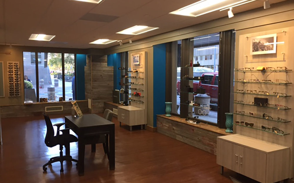 Huber Eyecare   TLS Companies completes Huber Eyecare's second location in Rochester, MN. Located in within the Kahler Grand Hotel, the project team paid special attention to completing this tenant buildout while keeping the hotel operational.
