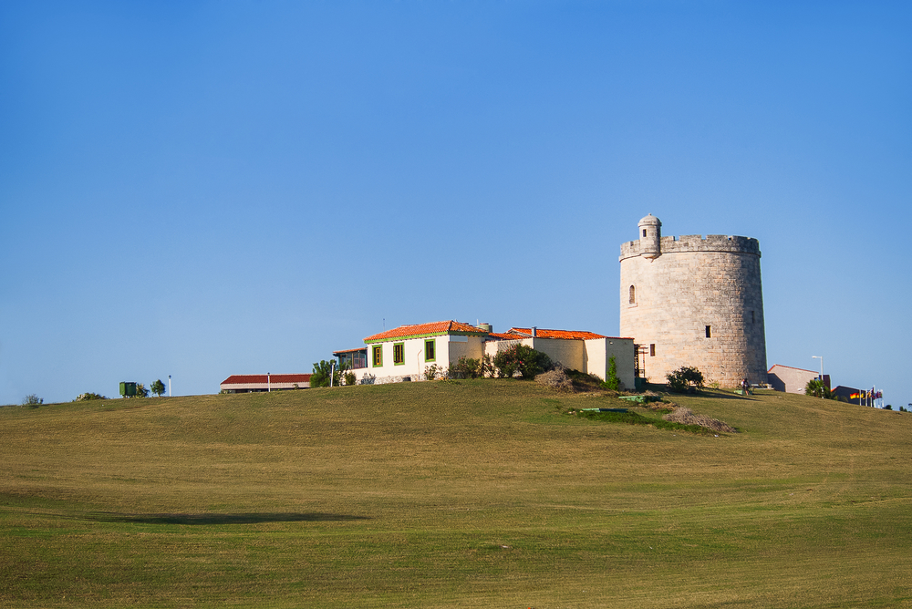 House which looks like a castle on hill. Varadero, Cuba.jpg