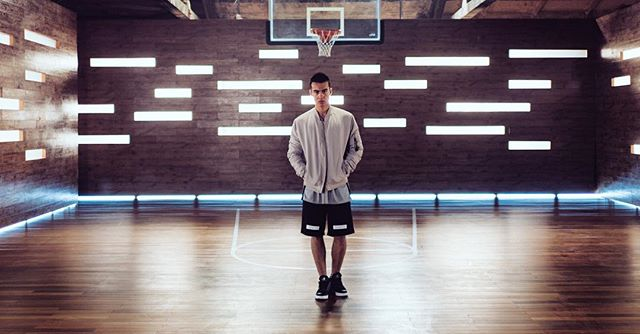 Throwing it back. @carella #commercial #basketball #shanghai