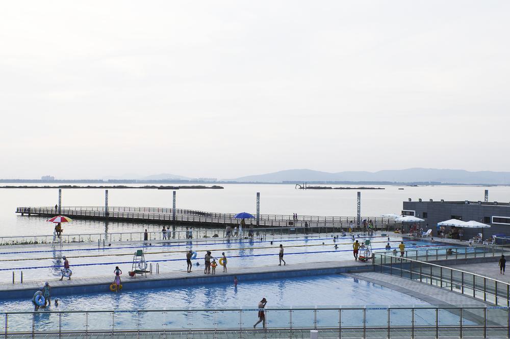 11.很好,很好——东太湖游泳场.jpg